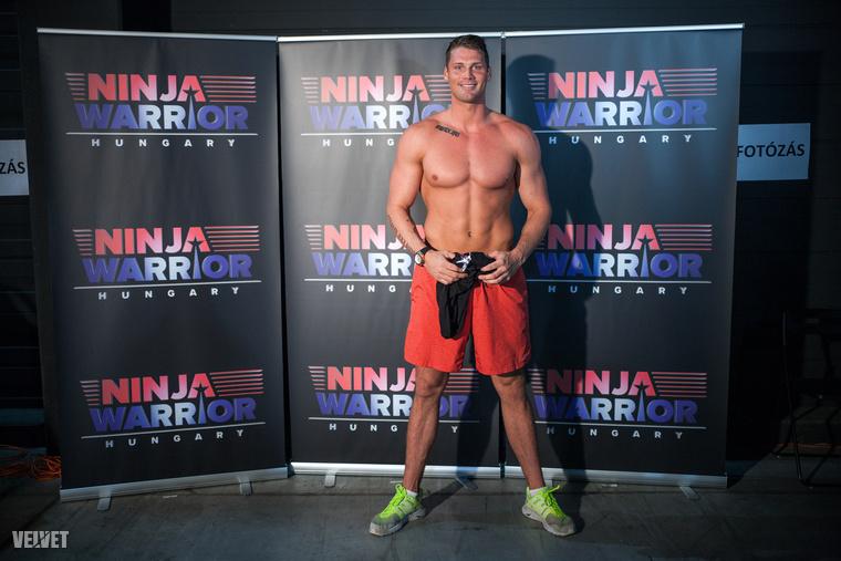Dudás Miklós kajakozó a Kockahas blognak pózolt a Ninja Warrior eseményén.