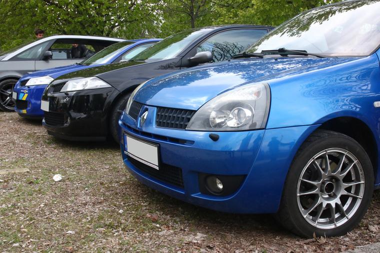 Egy sor Renault