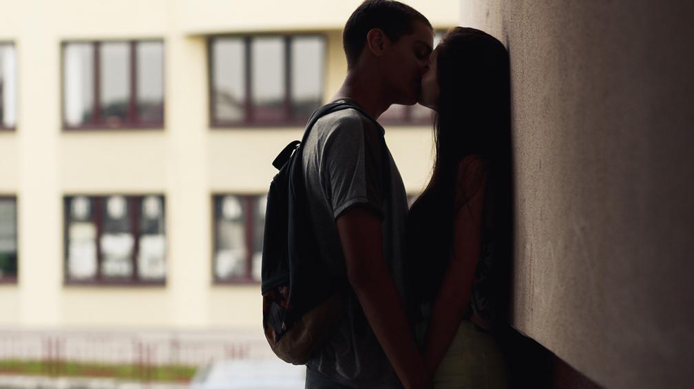 Volt barátnőm valakivel randiz, akit vissza akarok
