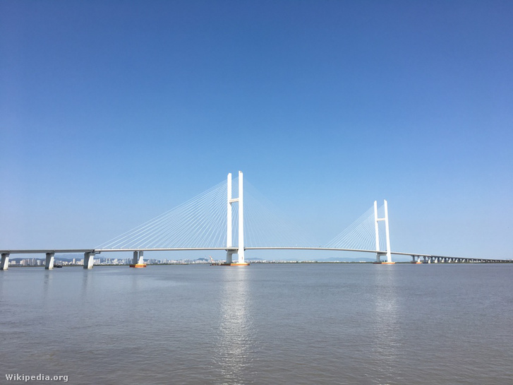 Boundary River Highway Bridge of Sino-Korean Yalu River