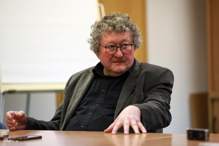 Werner Patzelt szerint a német választások sem a menekültügyről szólnak
