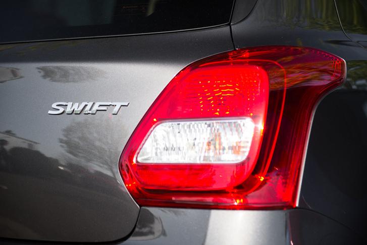 A hátsólámpa-tervezés mostanában irtózatosan megy a Suzukinak