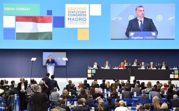 Orbán az Európai Néppárt éves találkozóján 2015-ben.