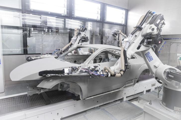 A pormentesítő robotok meló közben