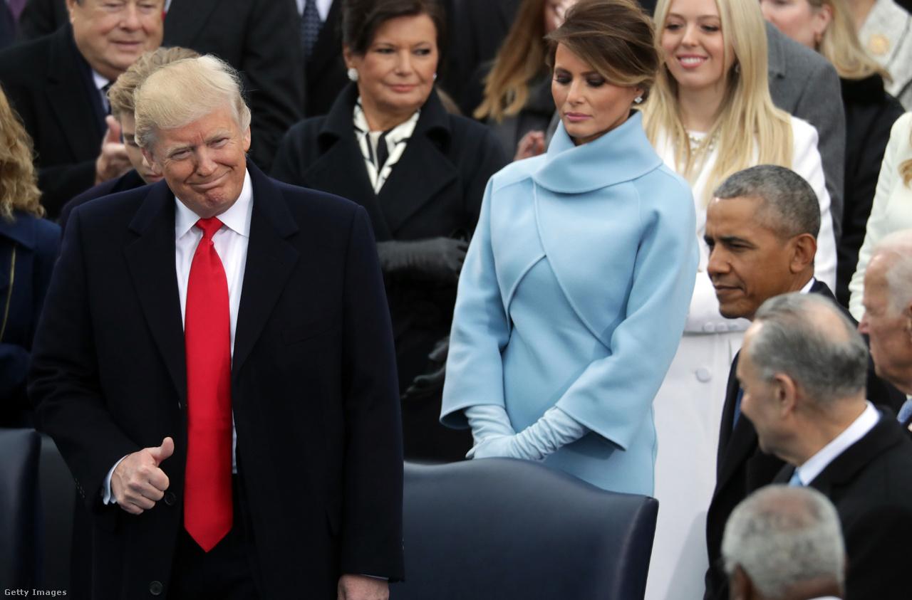 A régi és az új elnöki család, Trump beiktatási ceremóniáján.