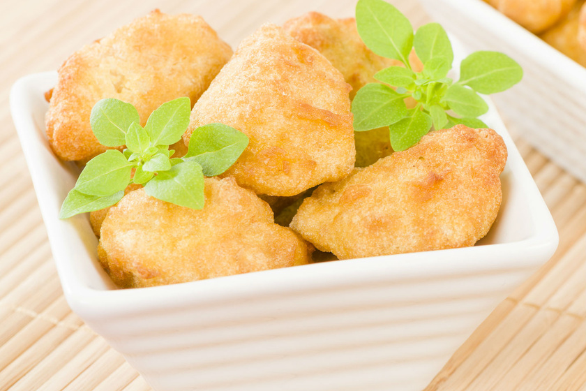 csirkemell-kremsajtos-bundaban-recept
