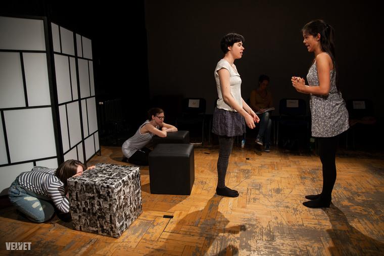 """""""Ez egy nagyon hosszú folyamat, ami kicsit műhely, kicsit iskola, kicsit színházi próbafolyamat."""""""