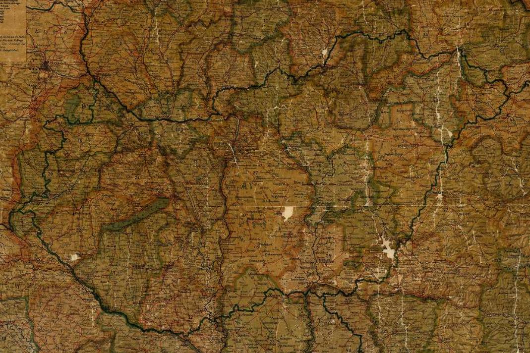 A trianoni Magyarország felosztása a régi vármegyék határaival.  Interaktív térképért kattintson ide.