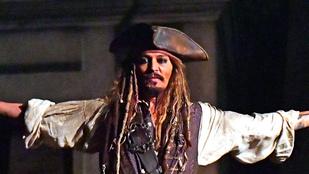 Johnny Depp levizsgázott jófejségből