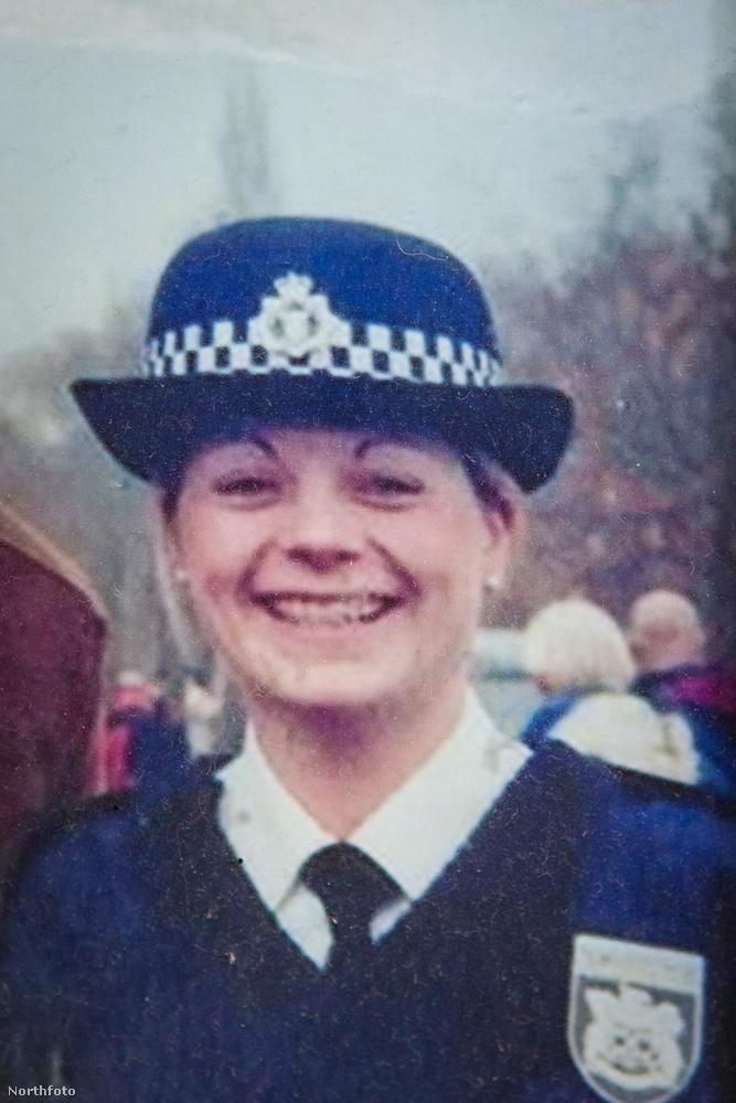 A 35 éves angliai nő rendőr volt.