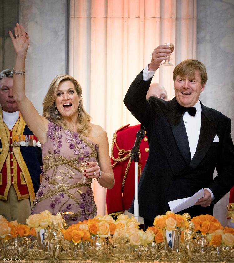 Hollandiában már évszázadok óta nagy hagyománya van a mindenkori uralkodó születésnapjának