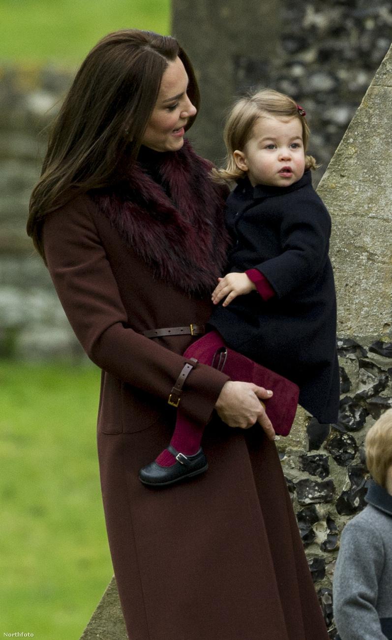 Charlotte cambridge-i hercegnő a második legrangosabb nő a Brit birodalomban