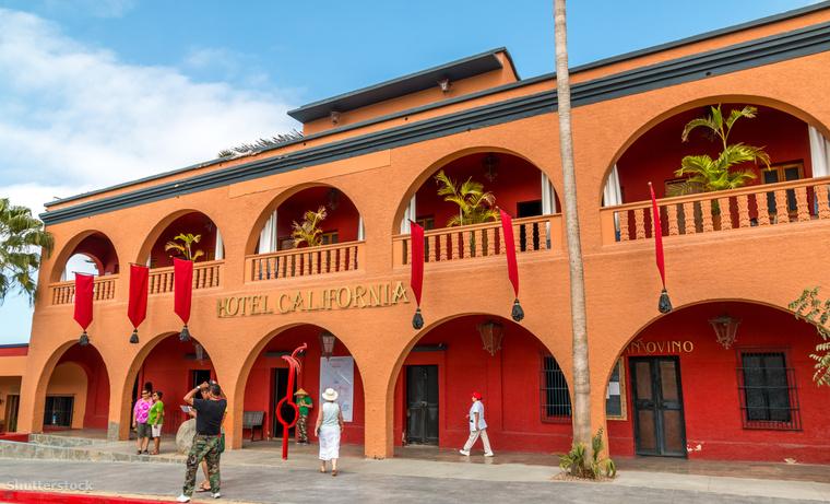 Így néz ki a Hotel California Mexikóban, 2001 óta.