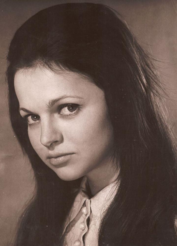 Gór Nagy Mária kezdő színésznőként még sötét, hosszú hajjal hódított.