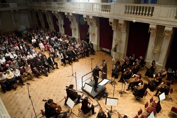 A Beethoven Budán nyitóhangversenye