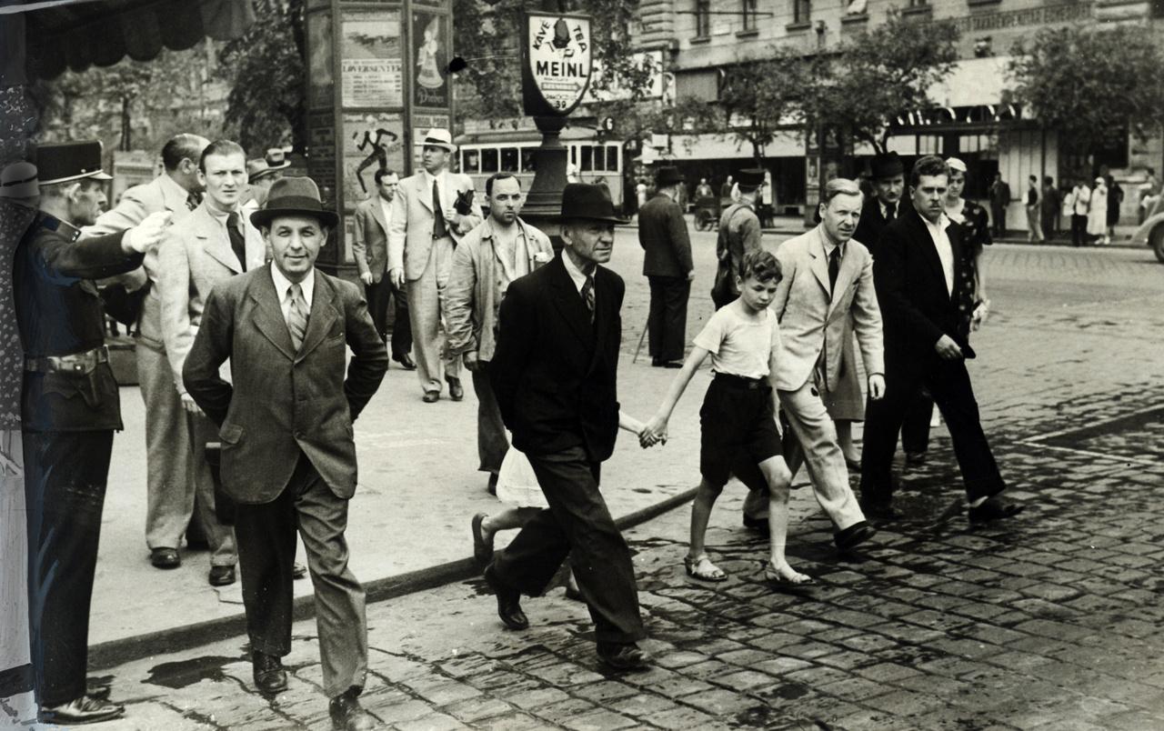 Erzsébet körút Rákóczi út sarok, 1937