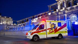 Júniustól ezzel a menő rohamkocsival vigyáznak gyermekeire a Balatonnál