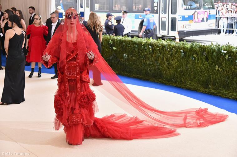 Tudjuk, Katy Perry látványáról már kénytelenek voltunk beszámolni, hiszen