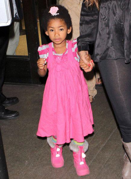 Melanie Brown 2007-ben adott életet Angel Iris-nak. Eddie Murphy - akivel akkor már nem alkotott egy párt - csak a DNS-teszt után ismerte el, hogy tényleg ő a kislány apukája.