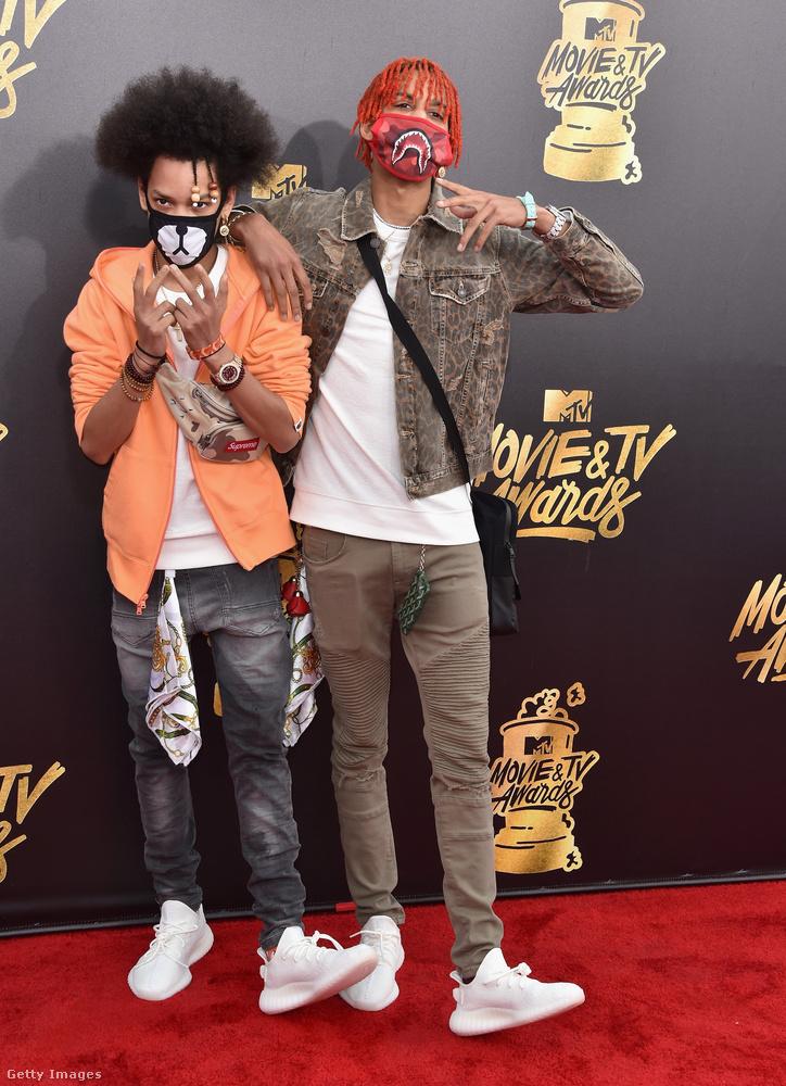 Ayo and Teo a neve ennek a rapperduónak, védjegyük, hogy mindig maszkokban járnak, hát gondoltuk, velük búcsúzunk