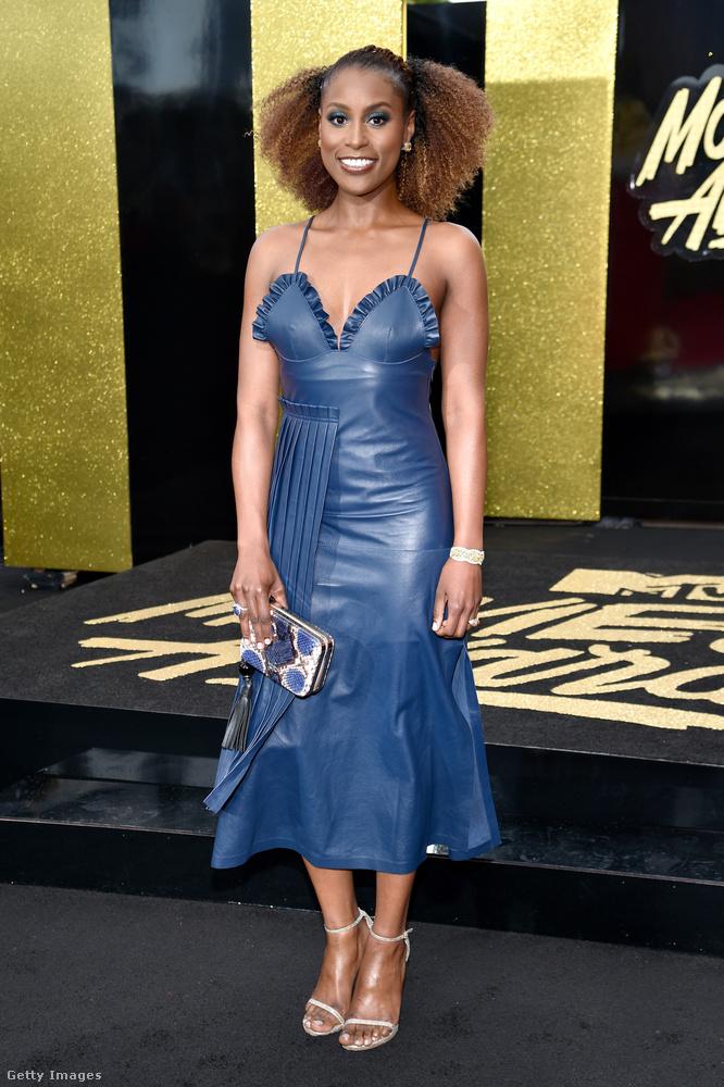 Issa Rae színésznő bőrruháját is meg szeretnénk mutatni önnek