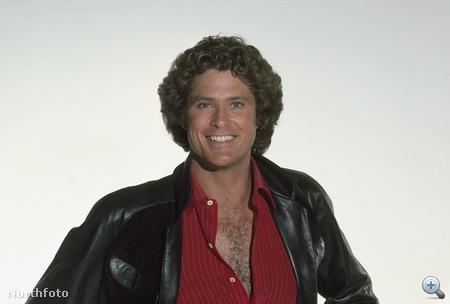 David Hasselhoff mint Michael Knight, az 192-ben indult sorozat harmadik évadjához készült fotón