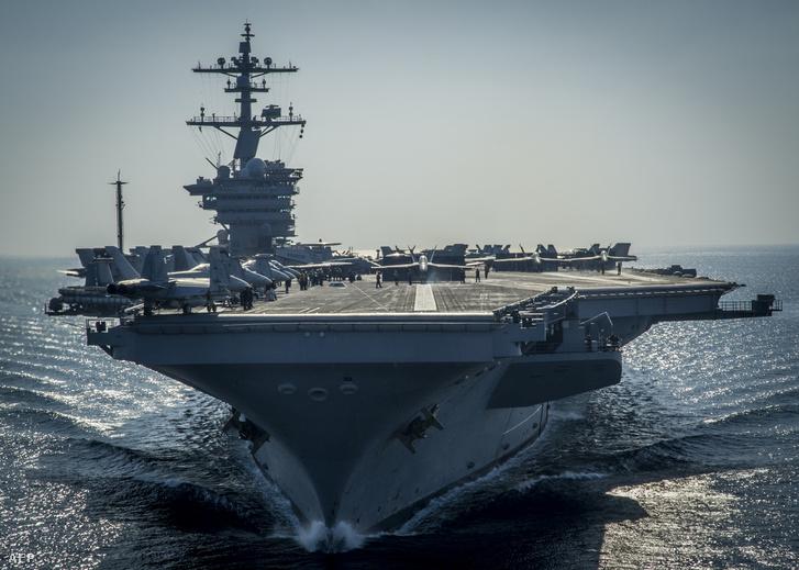 A USS Carl Vinson