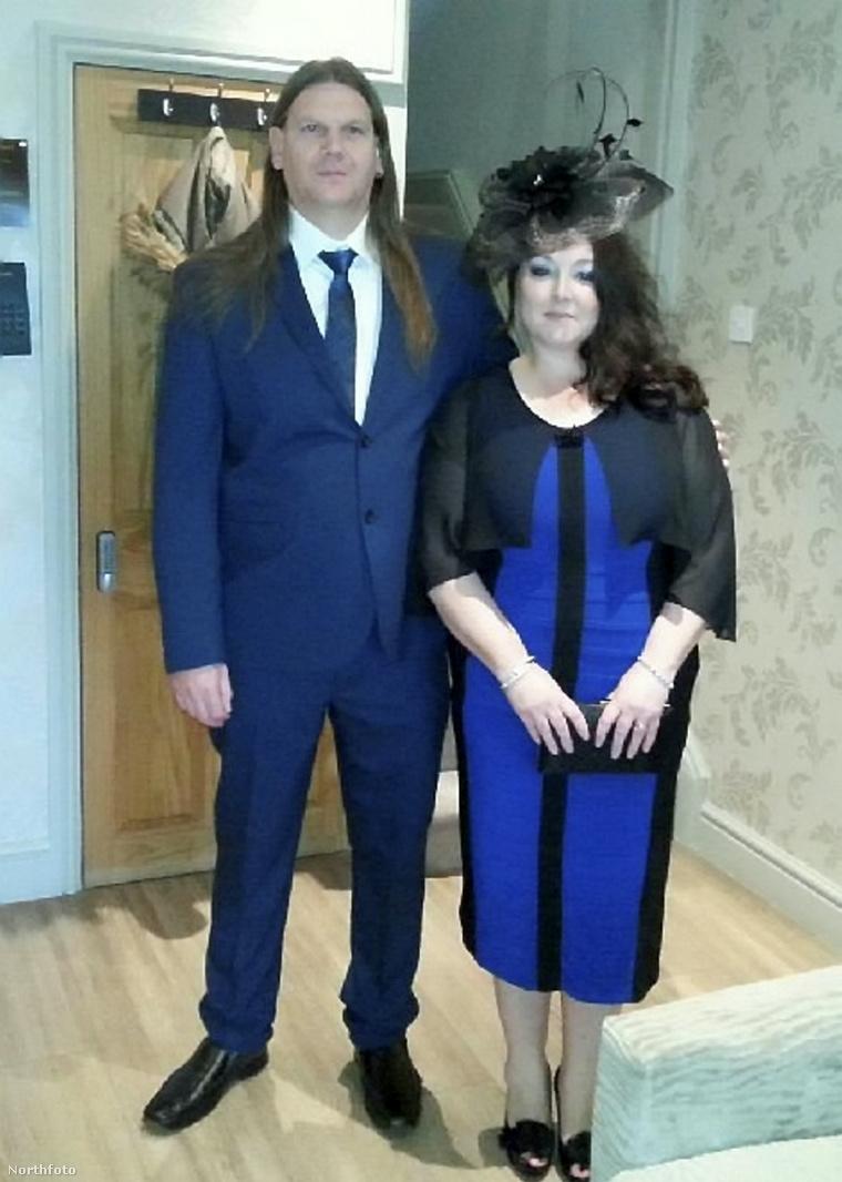A jelenleg alig 70 kilót nyomó nővér és férje, Craig.