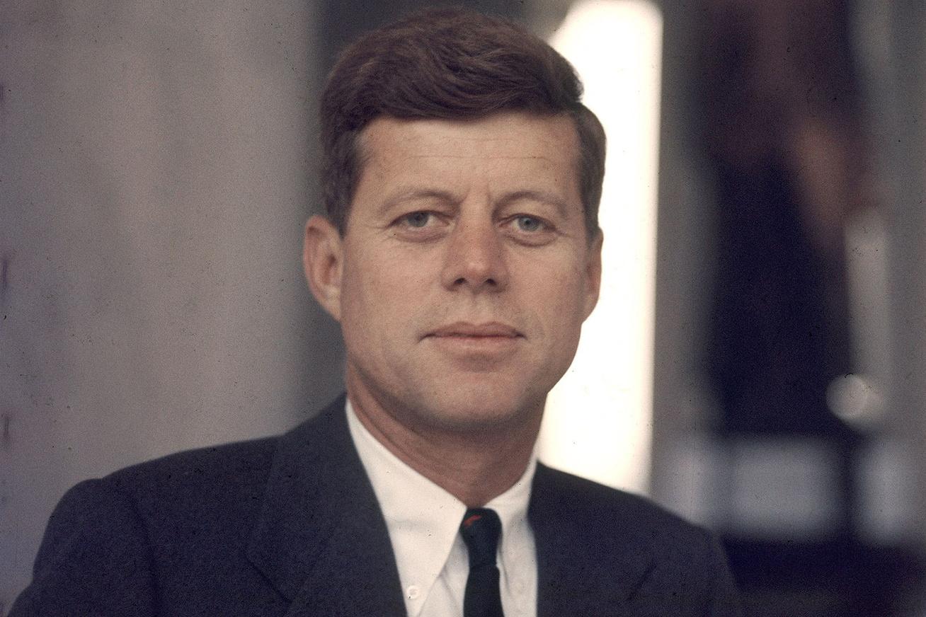 fc302b0eaf Elképesztően jóképű John F. Kennedy unokája - A 24 éves Jack fotóit látnod  kell