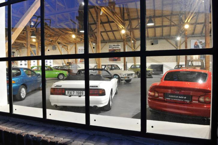 A cél, ami a szemem előtt lebeg: az augsburgi Mazda-múzeum