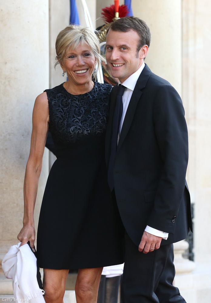 Az életben távolról sem egyedülálló az ilyesmi, de Macron példája kapcsán mi olyan híres férfiakat kerestünk, akik náluk jóval idősebb nővel élnek jelenleg kapcsolatban