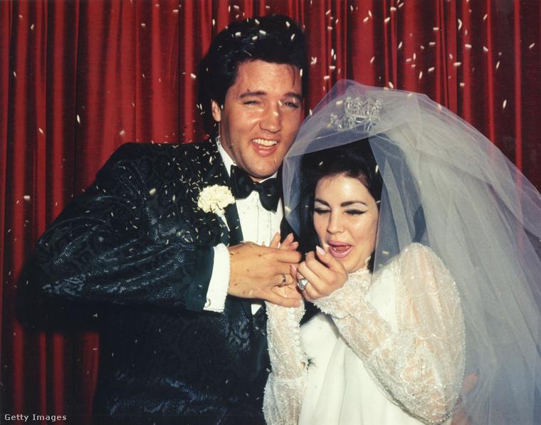 Elvis és Priscilla Presley az esküvőjükön.