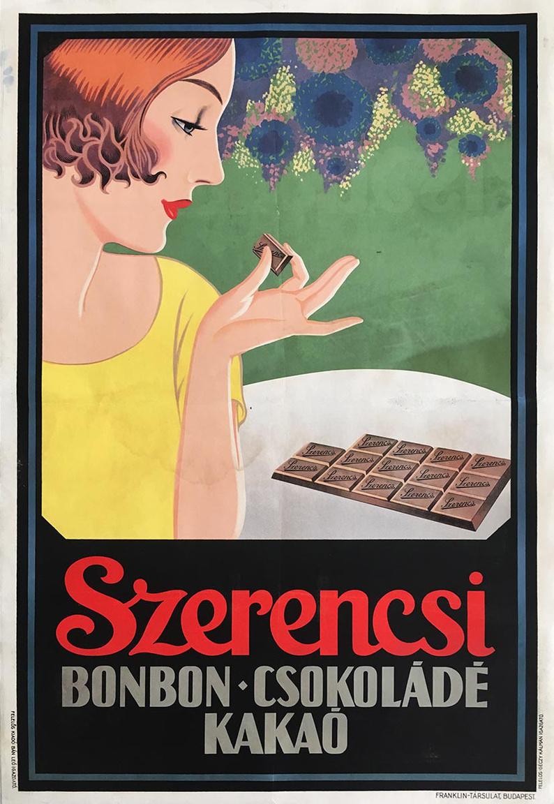 Ritka Art Deco darab. A Szerencsi csokoládégyárat 1921-ben alapították, a gyártás két évvel később kezdődött. Eleinte egy termékre, az általános főzőcsokoládéra specializálódott, majd 1927-ben fejlesztették ki az első tejcsokoládéjukat, a Szerencsi Tejet, amit ma Boci csokiként ismerünk. Egy évvel később a híres, fehér macskás dobozos kakaópor is megszületett, a negyvenes évekre pedig már széles választékot felvonultató, a legnagyobb hazai csokoládégyár lett.                          A plakáton lévő nőalak sminkje, frizurája, ruházata feleleveníti a húszas évek formabontó, fiús, ugyanakkor elegáns női divatját. Ugyanígy, a grafikai megoldások is az Art Deco karakterrel bírnak, aminek fő jellemzője, hogy vegyíti a modern és a klasszikus stílusjegyeket.