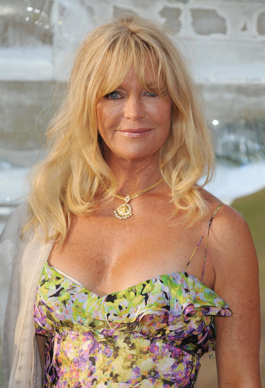 Goldie Hawn go-go táncosként kezdte a karrierjét.