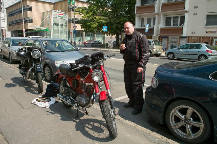 Első óvatos szerelés Győrben