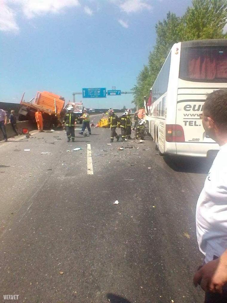 Képünk a baleset helyszínén készült