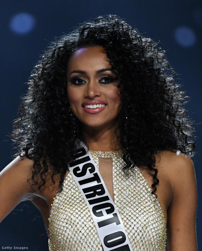 Erre most Miss USA azt hangoztatta egy szépségversenyen, hogy ahhoz, hogy az embernek legyen egészségbiztosítása, előbb dolgoznia kell