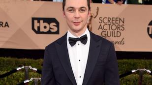 Az Agymenők Sheldonja megházasodott