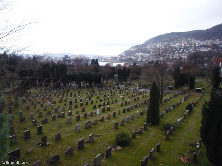 Az ismeretlen nő a møllendali temetőben nyugszik