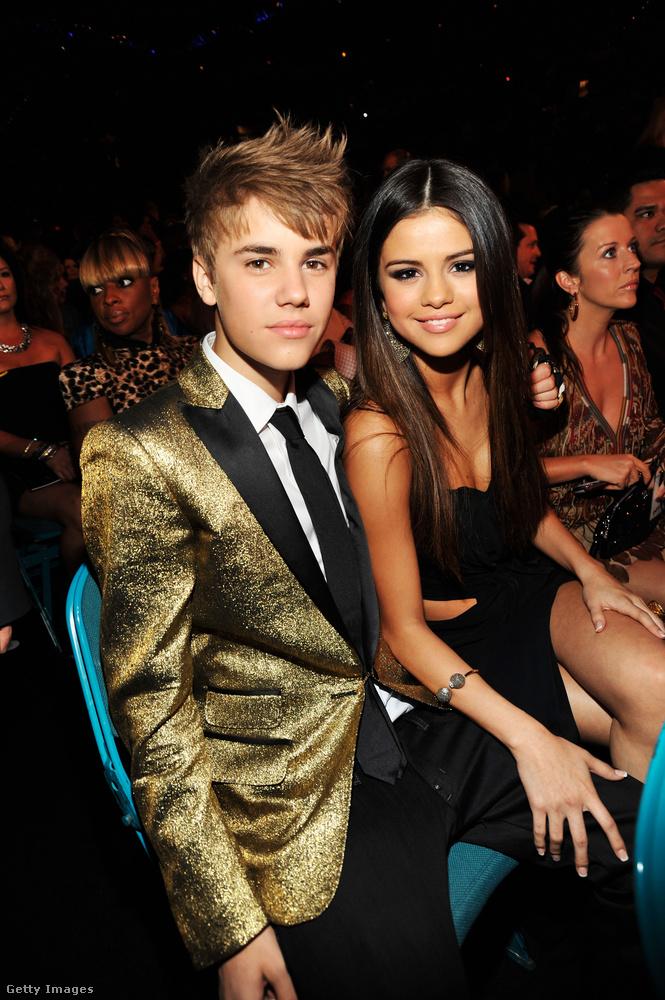 És azt se felejtsük el, hogy Selena Gomez és Justin Bieber egyik első közös nyilvános megjelenése pont a 2011-es Billboard-esten volt!