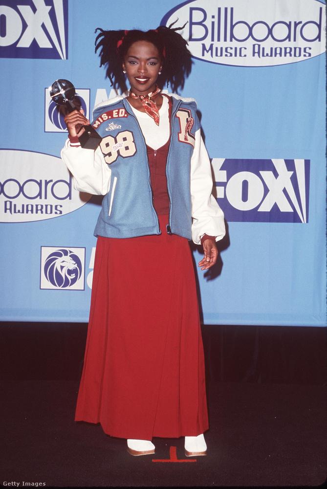 Bezzeg Lauryn Hill még 1998-ban szolid iskoláslánynak öltözött!