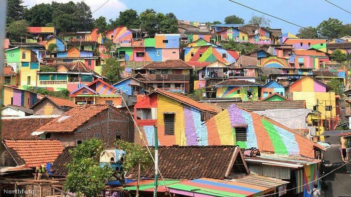 És jó példa a többi - nemcsak indonéz -                         falunak.Egy kis változás nemcsak a helyi turizmust lendíti fel, de sokkal jobb így élni