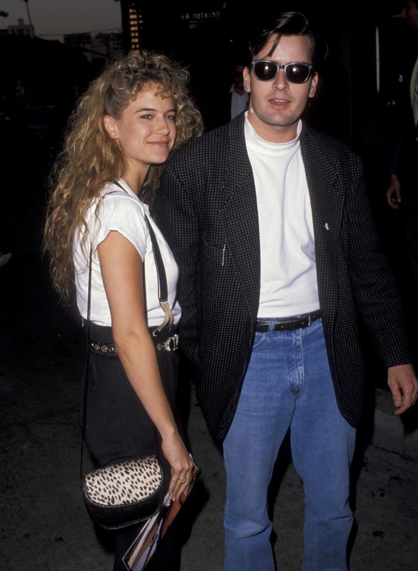 Charlie Sheen és Kelly Preston