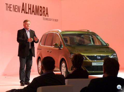 Dr. Vérten Sándor: - Októberben Magyarországra is megérkezik az új Alhambra