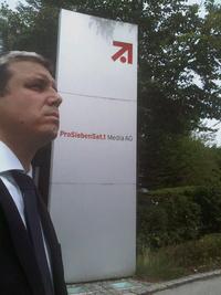Simon Zsolt a Tv2 tulajdonosánál