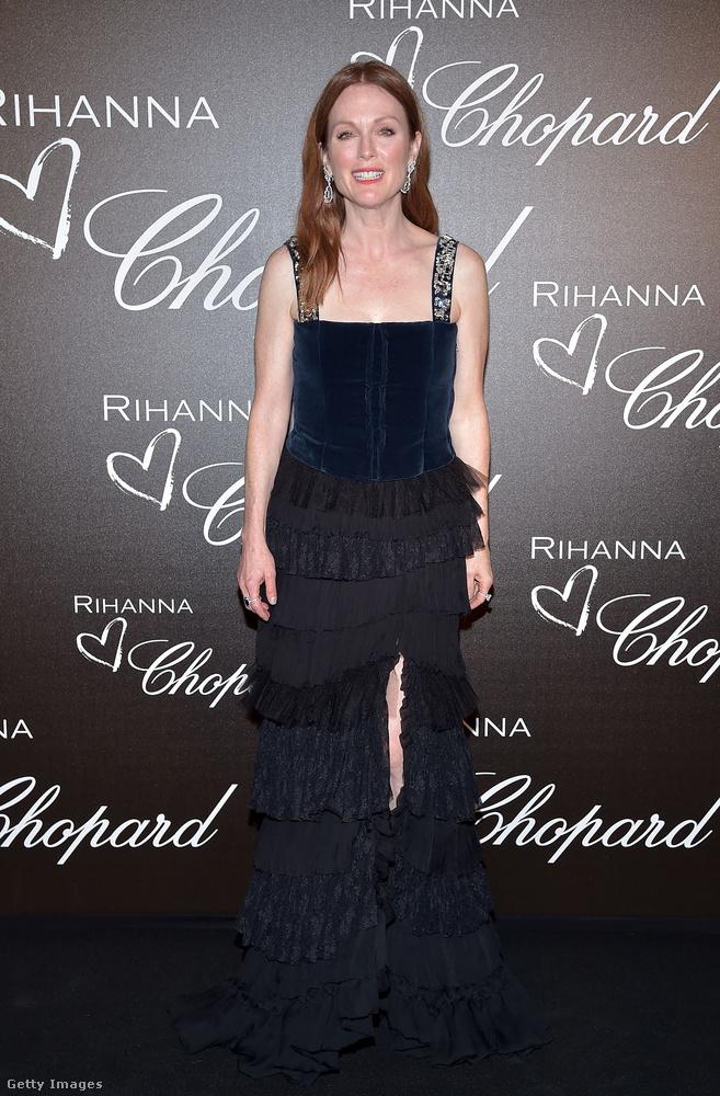 Rihanna és a Chopard nevű óracég Cannes-i buliján Julianne Moore sötét szerelésben volt