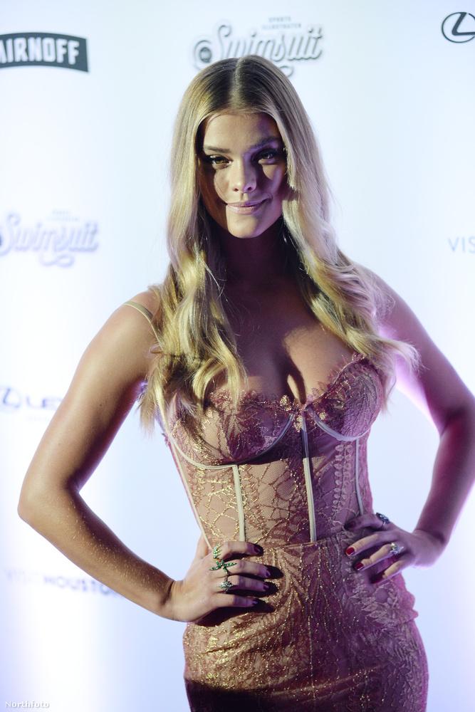 Hogy mit csinált ez a lány?Például 2012-ben a Sports Illustrated fürdőruás kiadásának modellje lett.