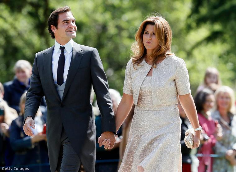 Roger Federer és a felesége se hagytak volna ki egy ekkora bulit.