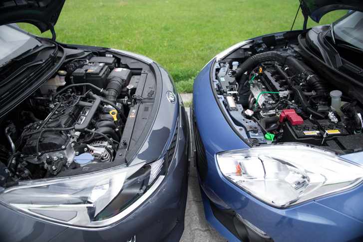 Burkolatlan motorok, minkettő nagyon jó, de a Swifthez van kisebb háromhengeres is