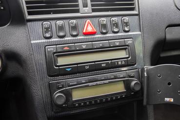 A Becker rádió akkoriban Ferrárikba is bekerült